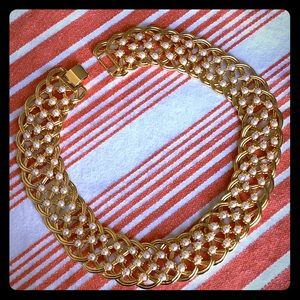 Napier Faux Pearl Collar Necklace 💘